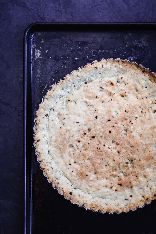 Gluten-free, garlic and herb almond based crust, par-baked.