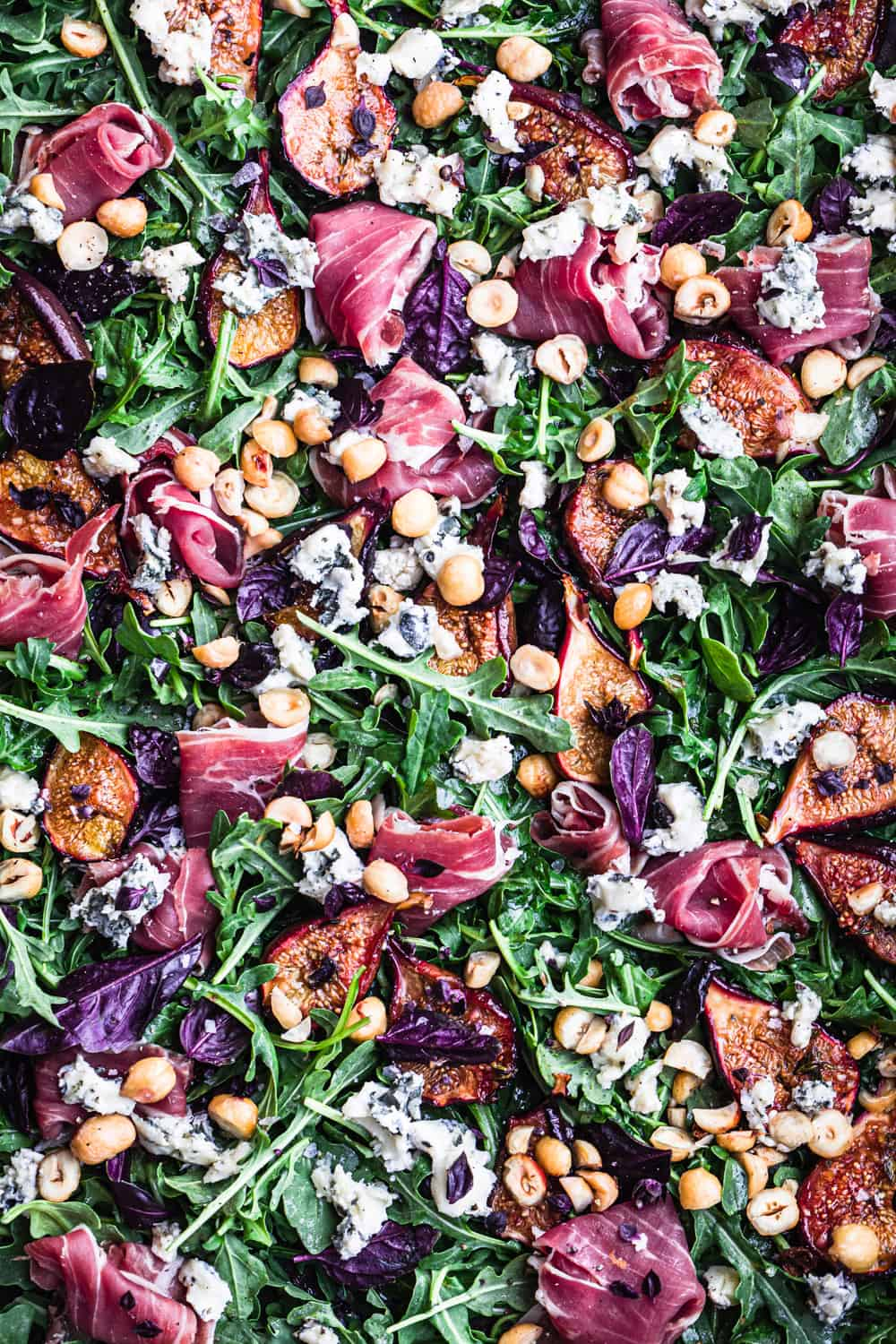 summer fig salad with prosciutto & blue cheese